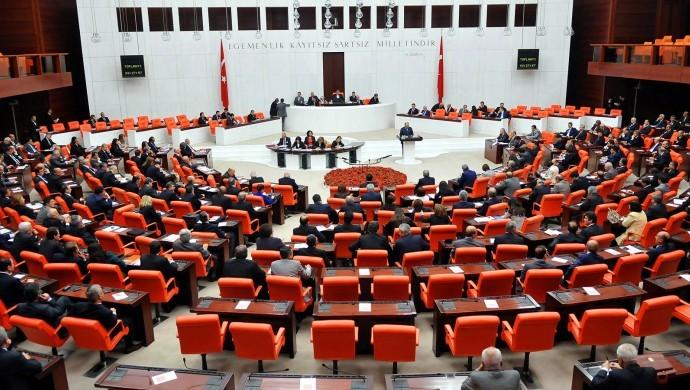 33 dokunulmazlık fezlekesi Meclis Adalet Komisyonu'nda