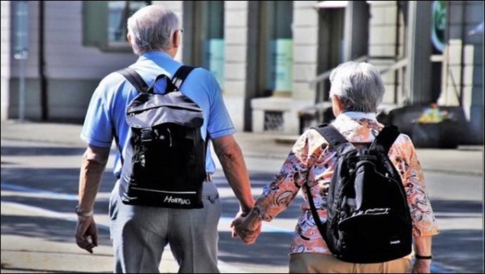 65 yaş üzeri kişilere koronavirüs tedbiri