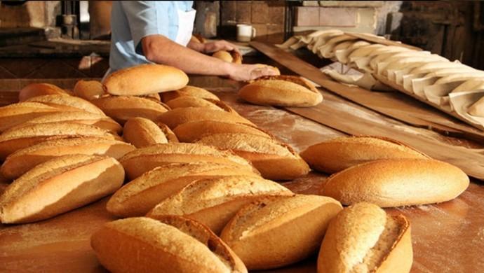 Ankara'da ekmeğe yapılan zam iptal edildi