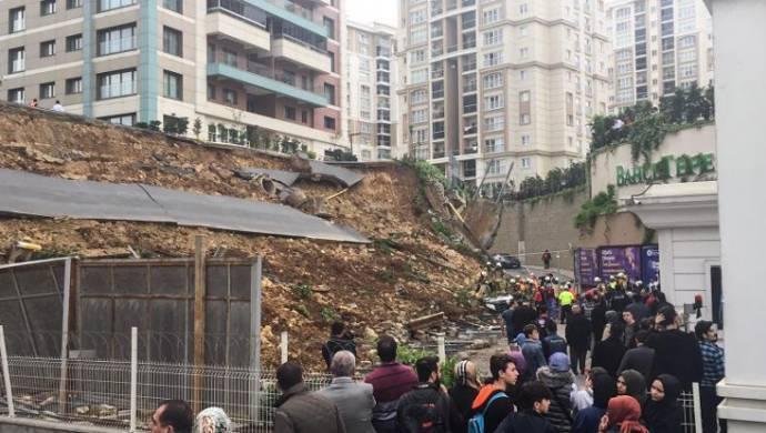 Başakşehir'de istinat duvarı çöktü: 1 ölü, 1 yaralı