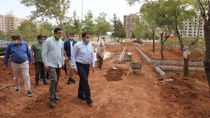 Başkan Canpolat yapımı devam eden  parkları inceledi-(VİDEO)