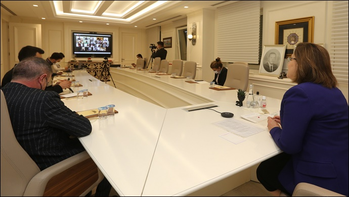 Başkan Şahin, Ekonomi Gazetecilerinin Sorularını Yanıtladı