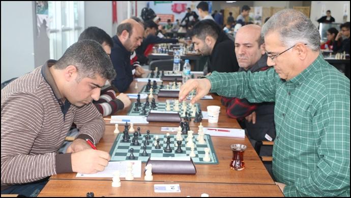Başkanlık Satranç Turnuvası İlgi Gördü-(Videolu)