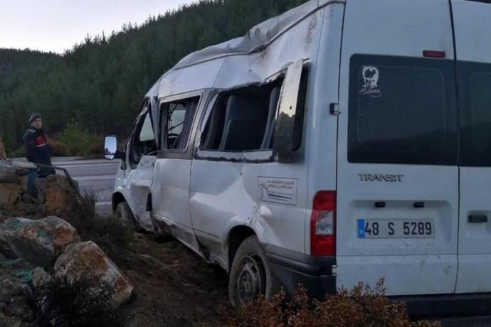 Bingöl'de kaza: 11 yaralı