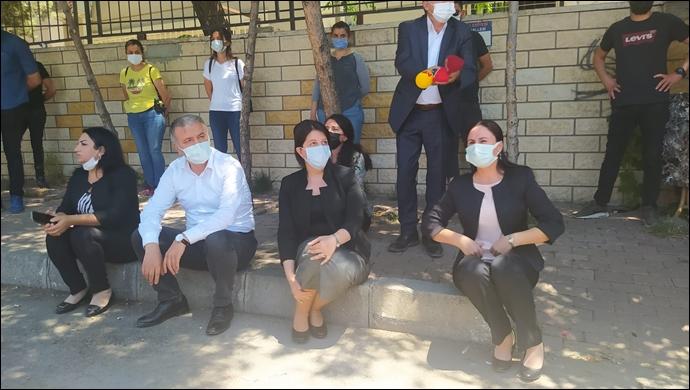 Buldan gözaltına alınan Şenyaşar ailesinin yerine adalet nöbetinde