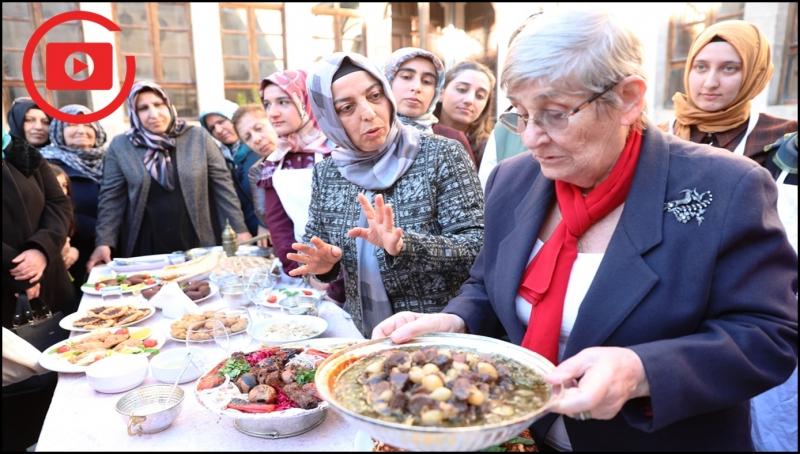 """Canan Karatay, """"Urfa Dünyanın En İyi Mutfağına Sahip"""""""