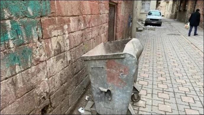 Çöp konteynerinde bebek cenazesi bulundu