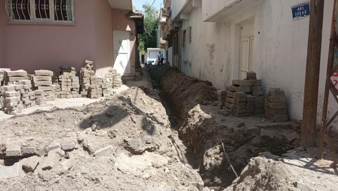 DEDAŞ'ın kazı çalışmasında 2 insana ait kemikler bulundu