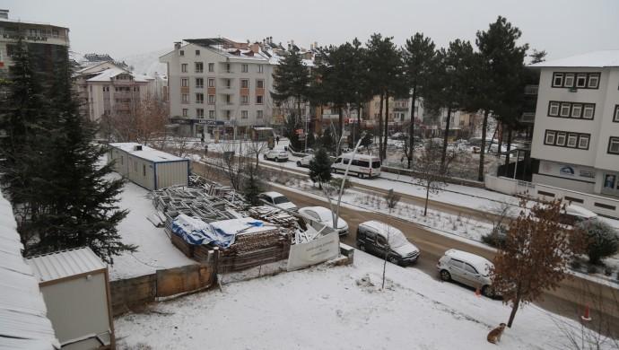 Dersim'de kar yağışı: 143 köy yolu kapandı