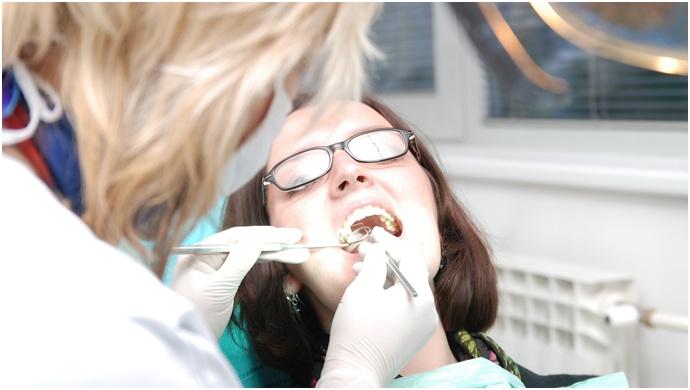 Diş eti problemleri bebeği etkiliyor