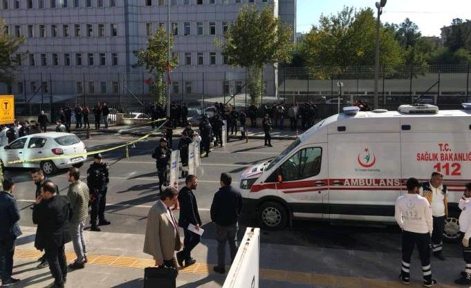 Diyarbakır Adliyesi önünde silahlı saldırı: 1 ölü, 1 yaralı