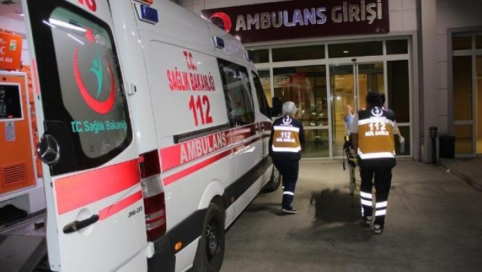 Diyarbakır'da araç devrildi: 2 ölü, 4 yaralı