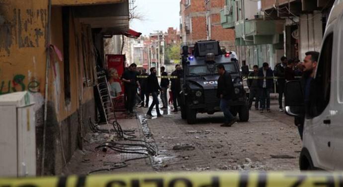 Diyarbakır'da bir evde patlama: 1 kişi yaralandı