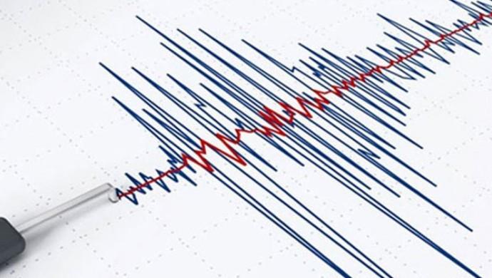 Ege ve Marmara Denizi'nde deprem