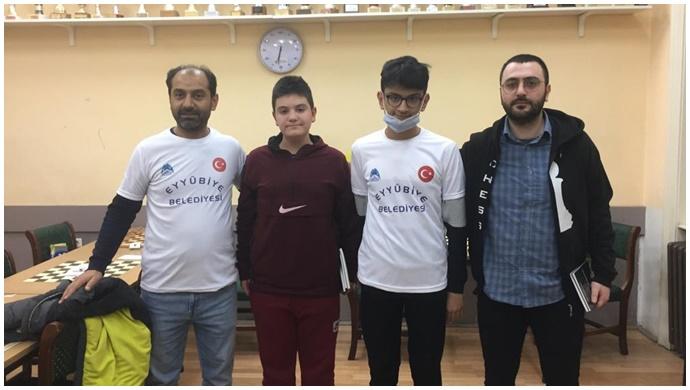 Eyyübiye belediyesi sporcuları, uluslararası turnuvaya damga vurdu.