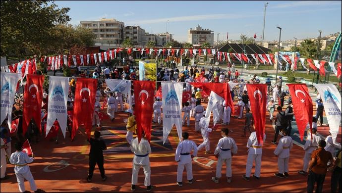 Eyyübiye Belediyesi,Yüzlerce Sporcu Ve Genç Nesile Önderlik Yaptı-(VİDEO)
