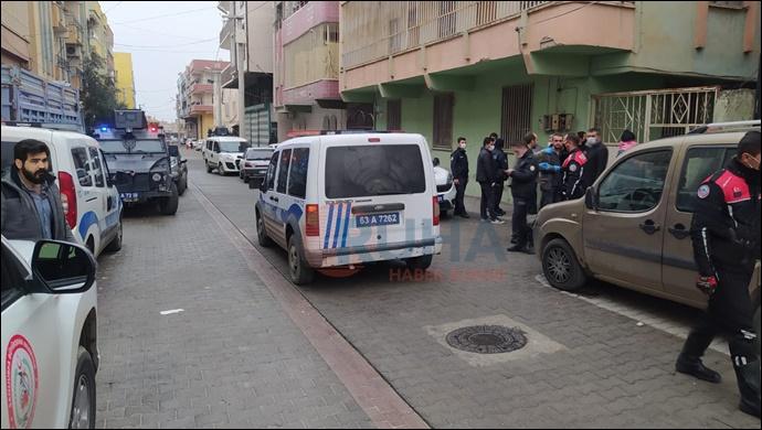 Eyyübiye'de  Ev sahibi Kiracı kavgasında, 2 polis bıçaklandı