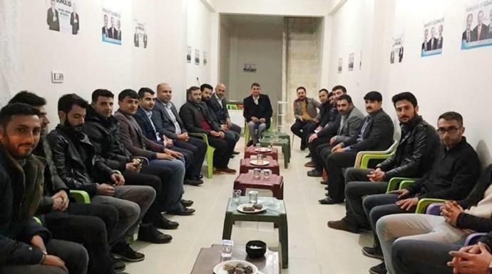 Gülpınar'dan AK Başkan adaylarına destek