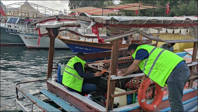 Halfeti'deki Gezi Teknelerine