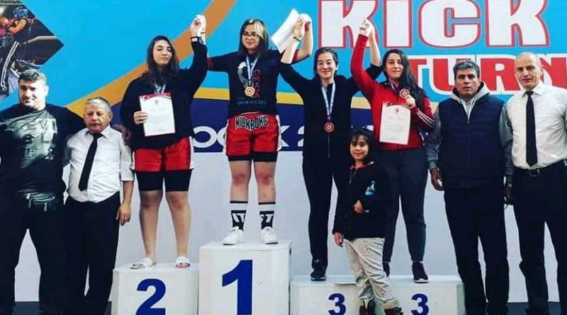 Haliliye Belediyesi Kick Boks'ta Türkiye Şampiyonu Oldu