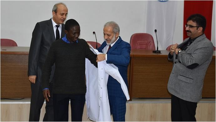 Harran Üniversitesinde Veteriner Adayları Beyaz Önlük Giydiler