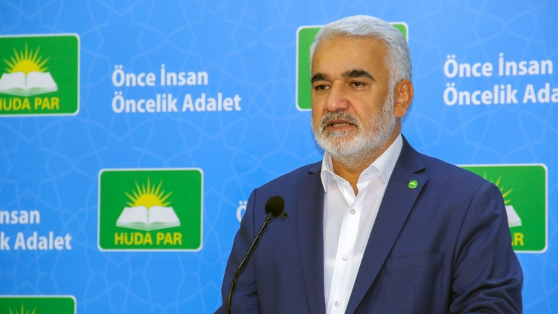 HÜDA PAR Genel Başkanı Yapıcıoğlu HDP İzmir İl Teşkilatına yapılan saldırıyı kınadı