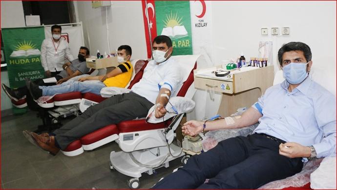 HÜDA PAR'dan Kan Bağışı!