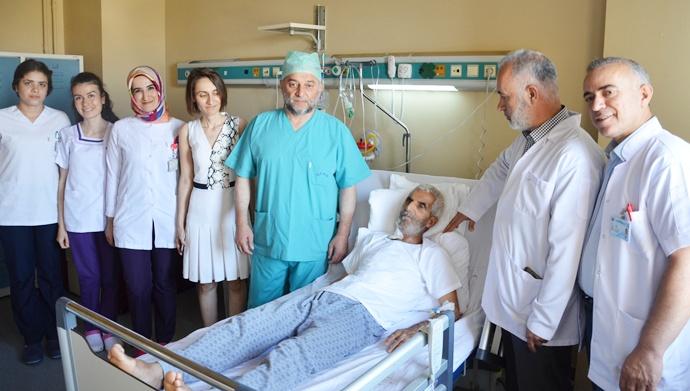 İleri Yaş (ASD) Hastası Şifayı Mehmet Akif İnan'da Buldu