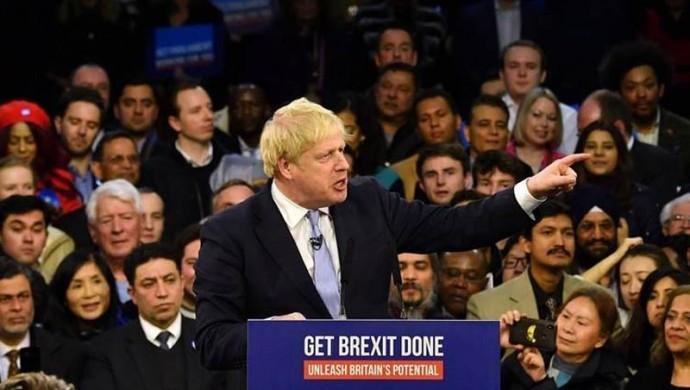 İngiltere'de seçim: Boris kazandığını ilan etti