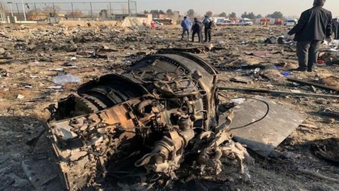 İran, Ukrayna uçağının yanlışlıkla düşürüldüğünü duyurdu