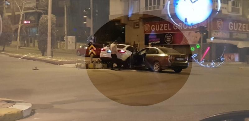 Karaköprü'de maddi hasarlı kaza !