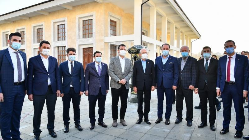 Kılıçdaroğlu'ndan Beylikdüzü'ne Ziyaret