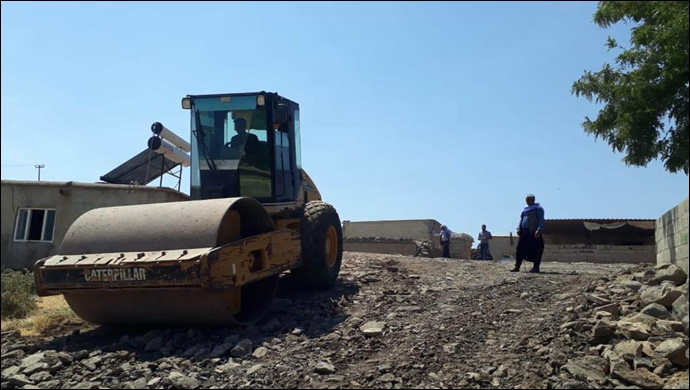 Kırsalda yol yapım çalışmaları devam ediyor