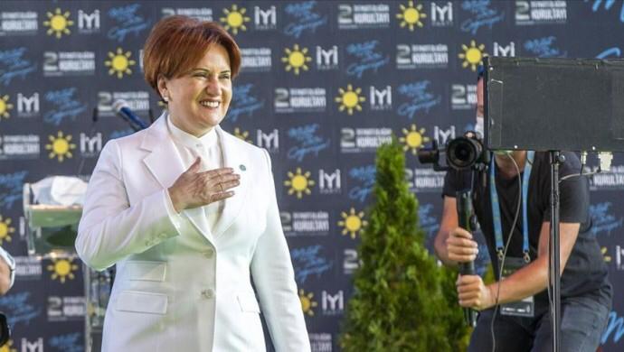 Meral Akşener yeniden genel başkan seçildi