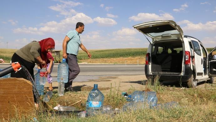 'Pandemi dönemindeki su kesintileri halk sağlığını olumsuz etkiler'