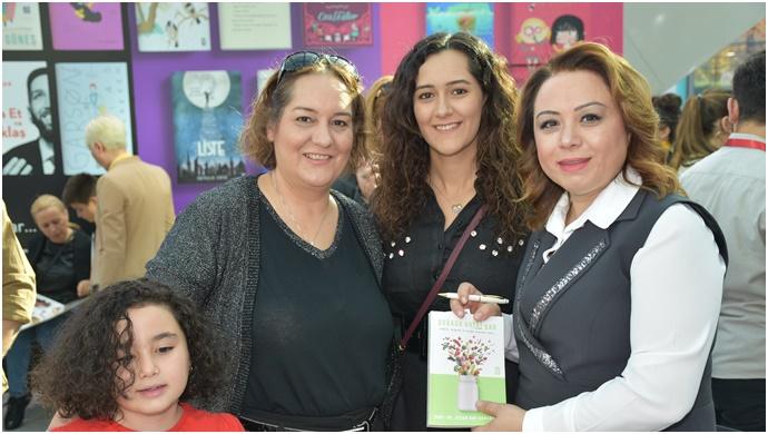 Rektör Karabulut, Ankara Kitap Fuarında İmza Gününe katıldı