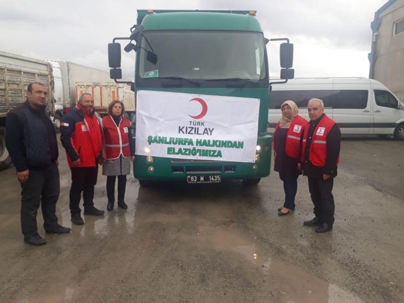 Şanlıurfa Kızılay'dan Depremzedelere Acil Yardım Malzemesi