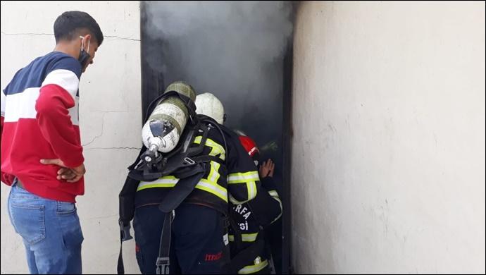 Şanlıurfa'da ev yangını! İtfaiye müdahale etti-(VİDEO)