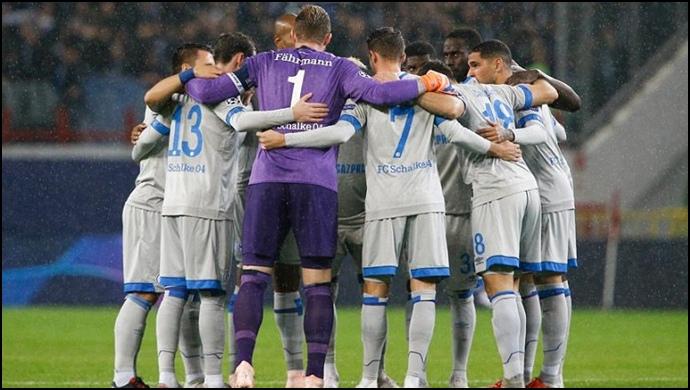 Schalke'de çıkış sürüyor