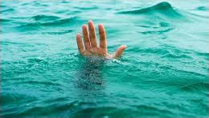 Serinlemek için girdiği suda boğuldu