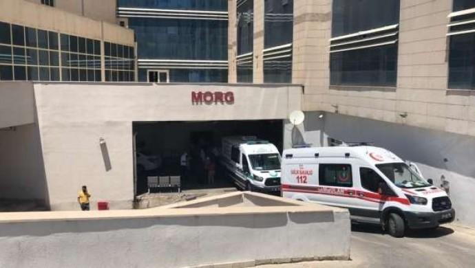 Siirt'te tarım aracı devrildi: 1 ölü, 1 yaralı