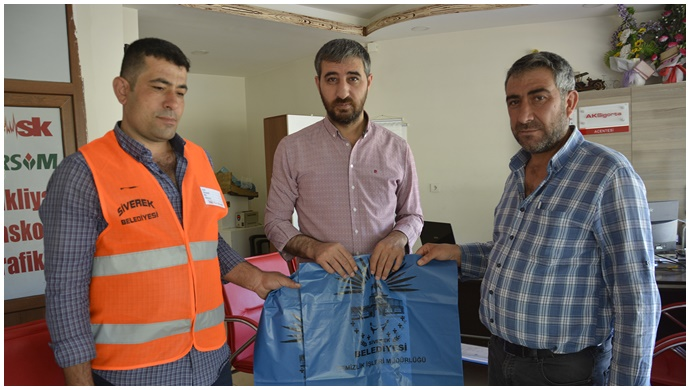 Siverek Belediyesi  50 bin kurban poşeti dağıttı