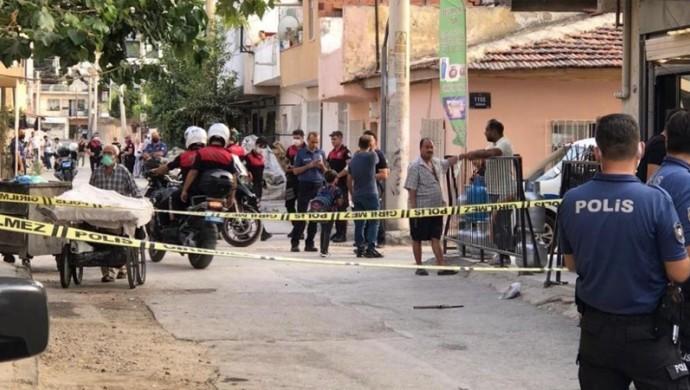 Son Dakika -İzmir'de silahlı saldırı: 12 kişi yaralandı