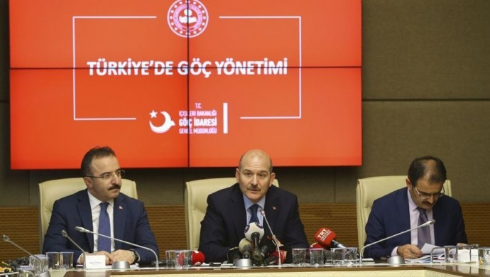 Soylu: Türkiye'de 5 milyon 74 bin 908 yabancı bulunuyor