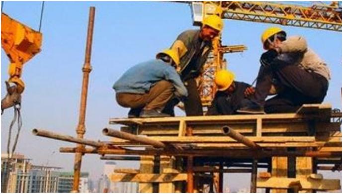 Urfalı işçiler İzmir'de iş bıraktı