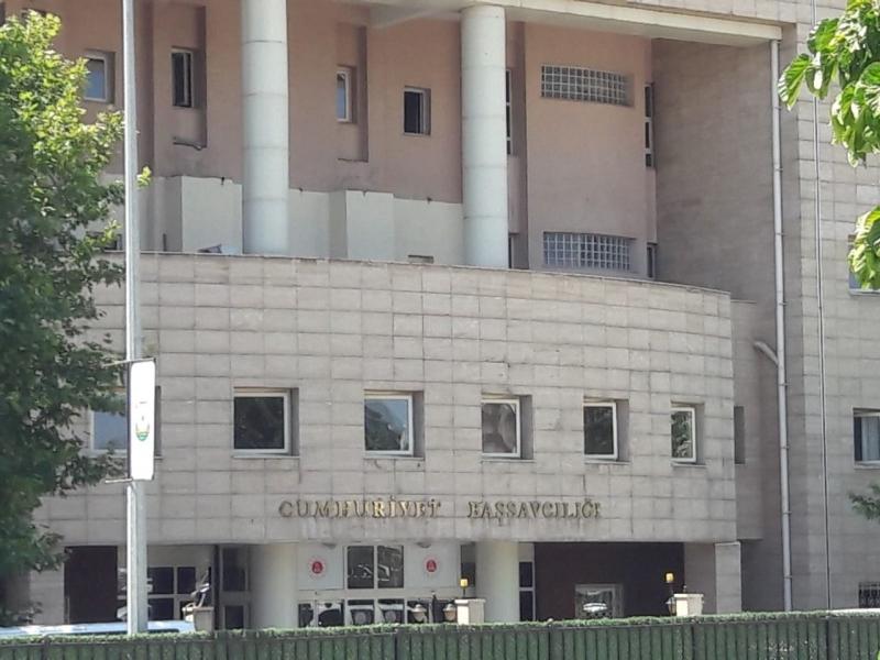 Uyuşturucu operasyonunda gözaltına alınan 21 zanlı Adliye'de
