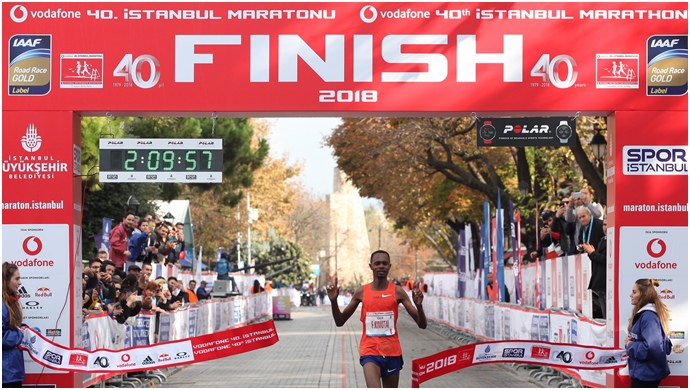 Vodafone 40. İstanbul maratonu'nda yüz binler sağlık için koştu