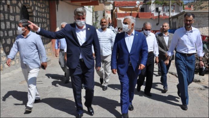 Yapıcıoğlu HÜDA PAR'lı Kayapınar Belde Belediyesi'ni ziyaret etti