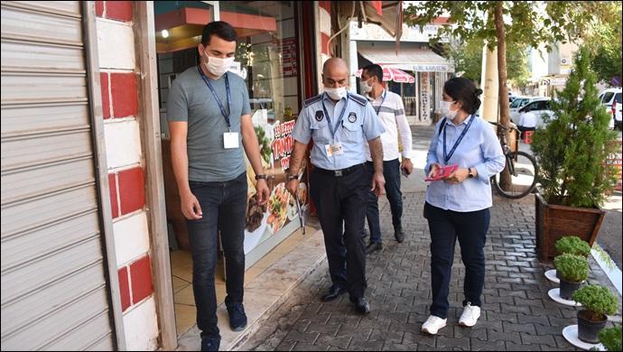Zabıta ekiplerinin maske, mesafe ve hijyen denetimleri sürüyor
