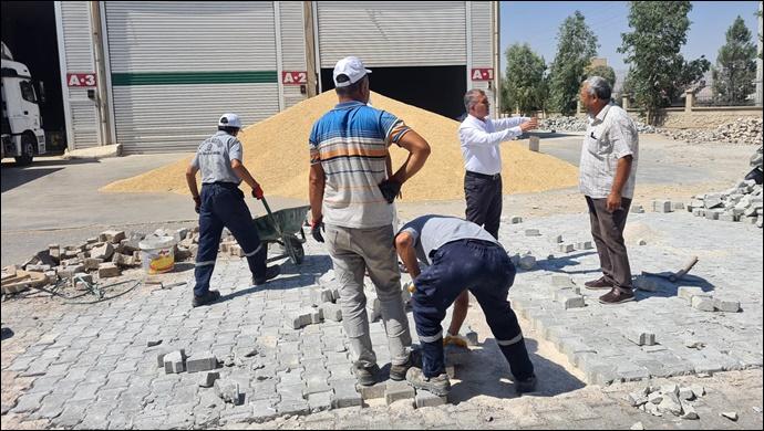 Zahireciler 'den Kaymakam ve Belediye Başkan vekili Çam'a Teşekkür